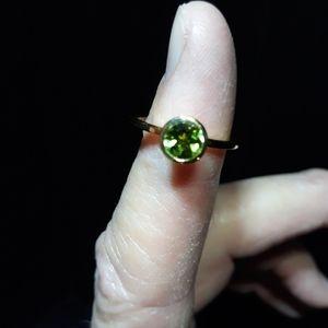 Natural Peridot Ring L10